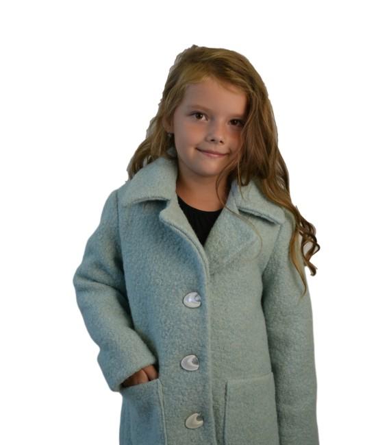 Dívčí kabát áčkového střihu
