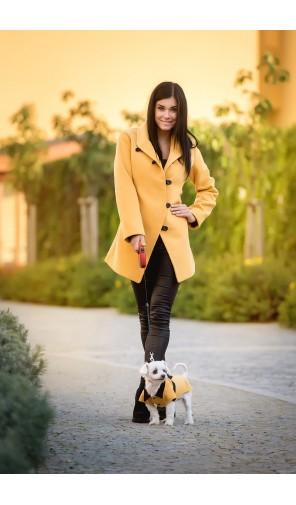Dámský kabát sakový se zapínáním na poutka
